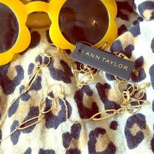 NWT Ann Taylor gold and rhinestone necklace